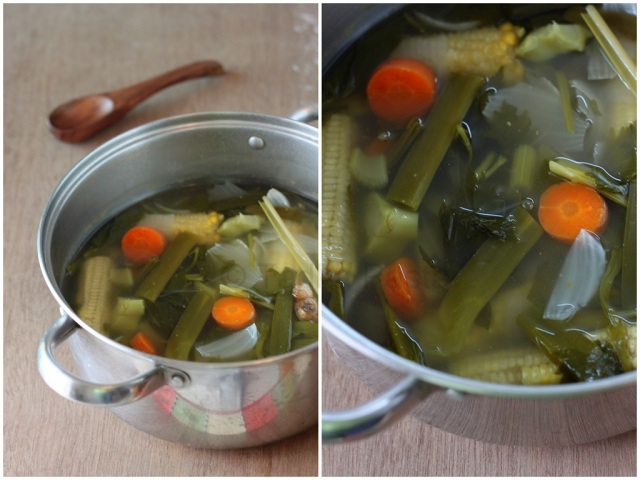 Vegetable Stock from Kitchen Scraps