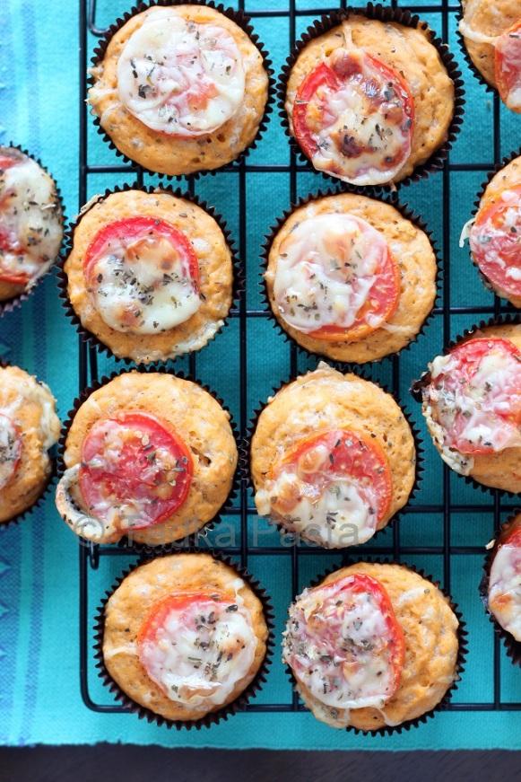 Pizza Muffins2.jpg