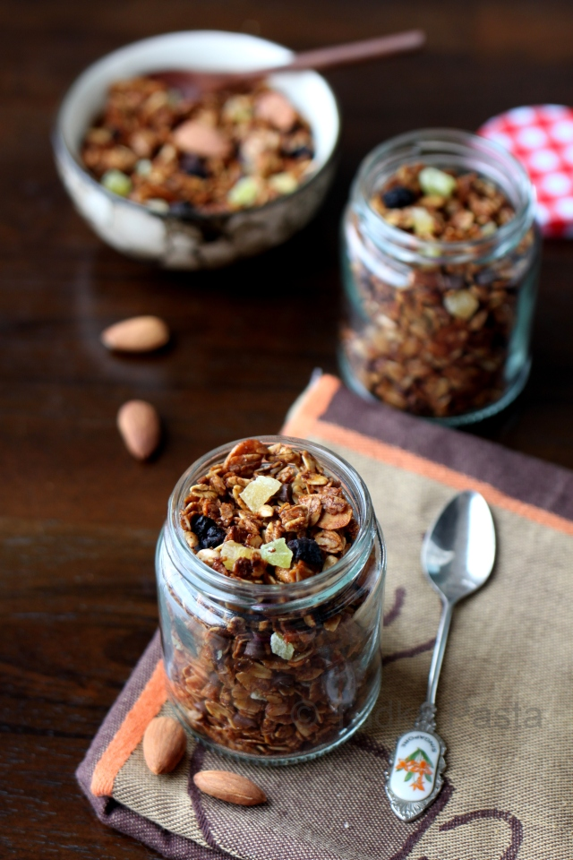 Fruit, Nut and Honey granola