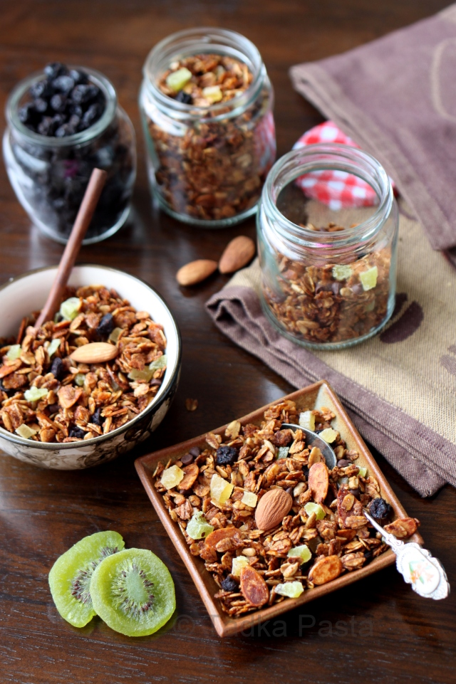 fruit nut and honey granola